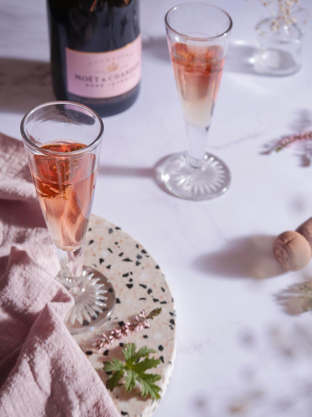 Apéritif champagne et géranium rosat