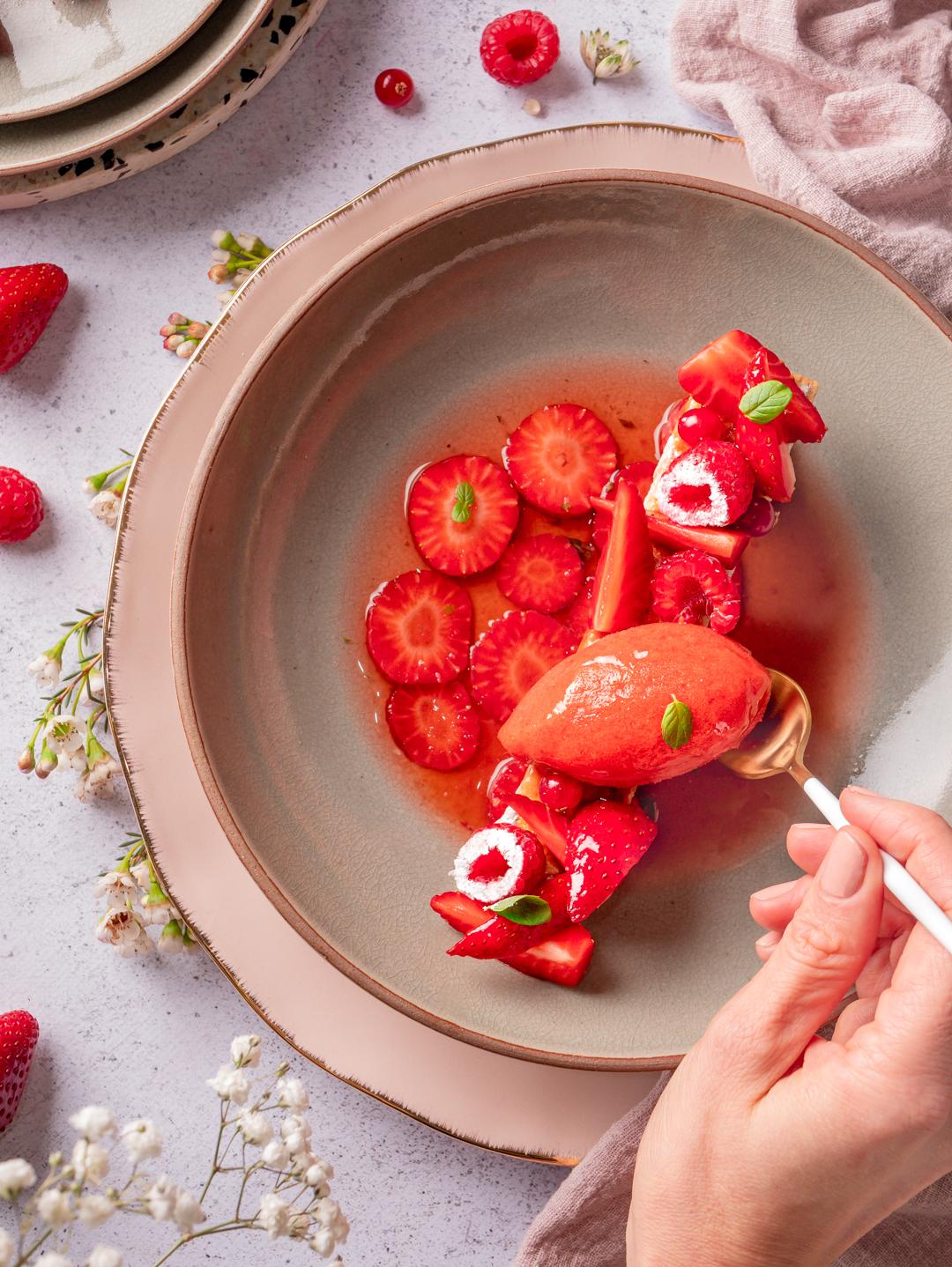Recette nage de fraise, sorbet fraise et sablé citron